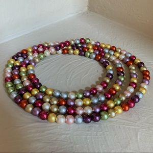 Jewelry - Gorgeous Versatile Multi Color Faux Pearl Necklace